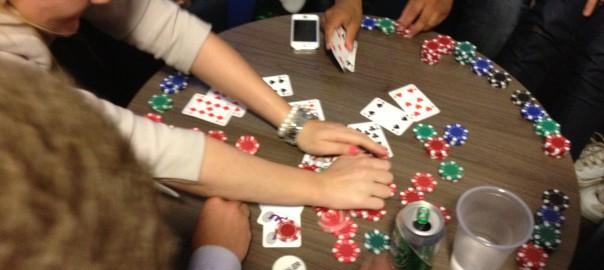 Hvem vant FpUs pokeraksjon?