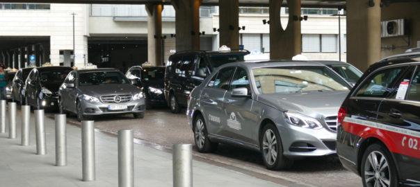 Taxiforbundet står alene